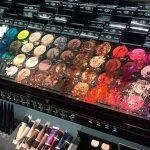 Niño-causa-daños-por-¡25-mil-pesos-en-tienda-de-maquillajes!